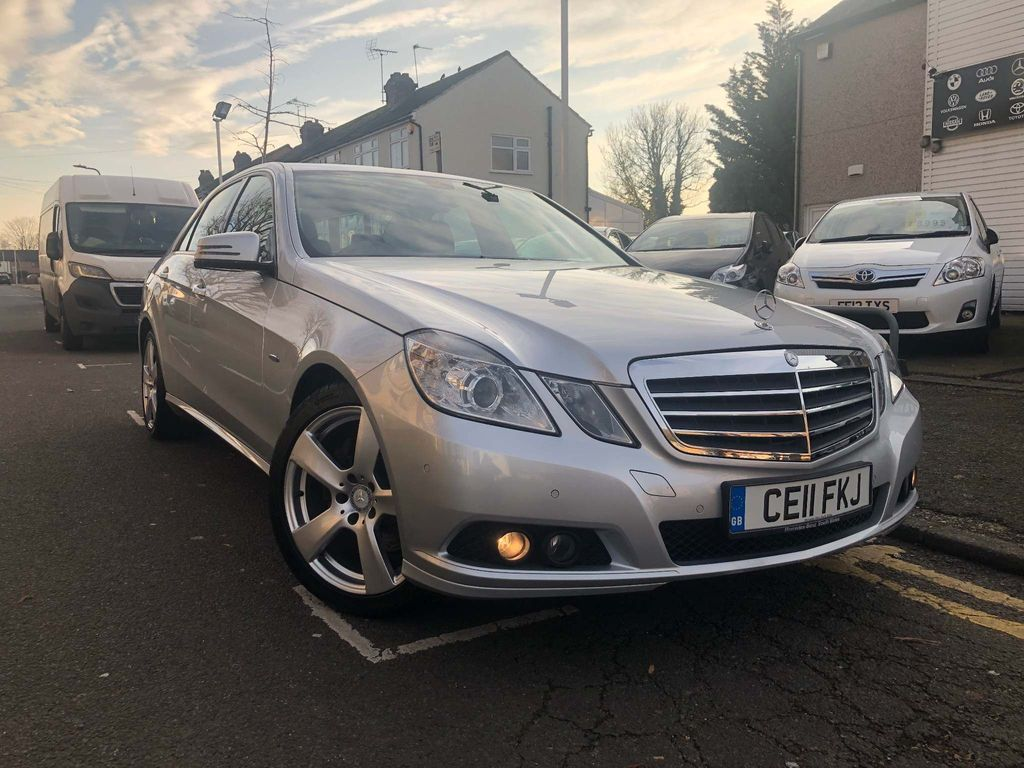 Mercedes-Benz E Class Saloon 2.1 E250 CDI BlueEFFICIENCY SE 4dr