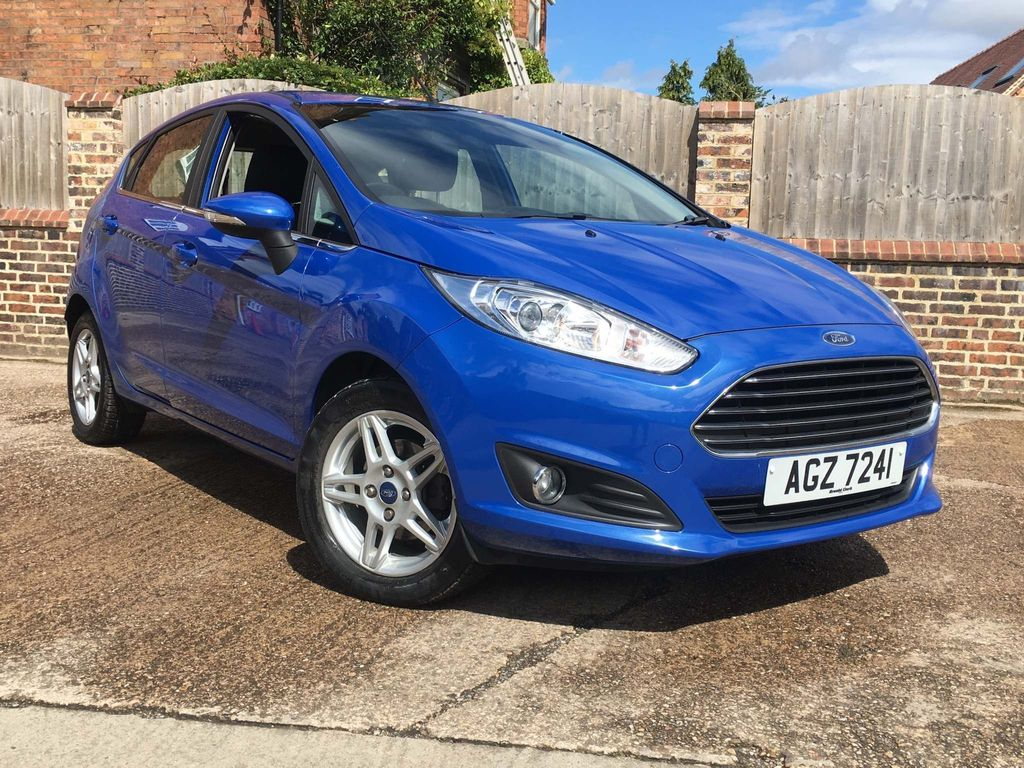 Ford Fiesta Hatchback 1.6 Zetec Powershift 5dr