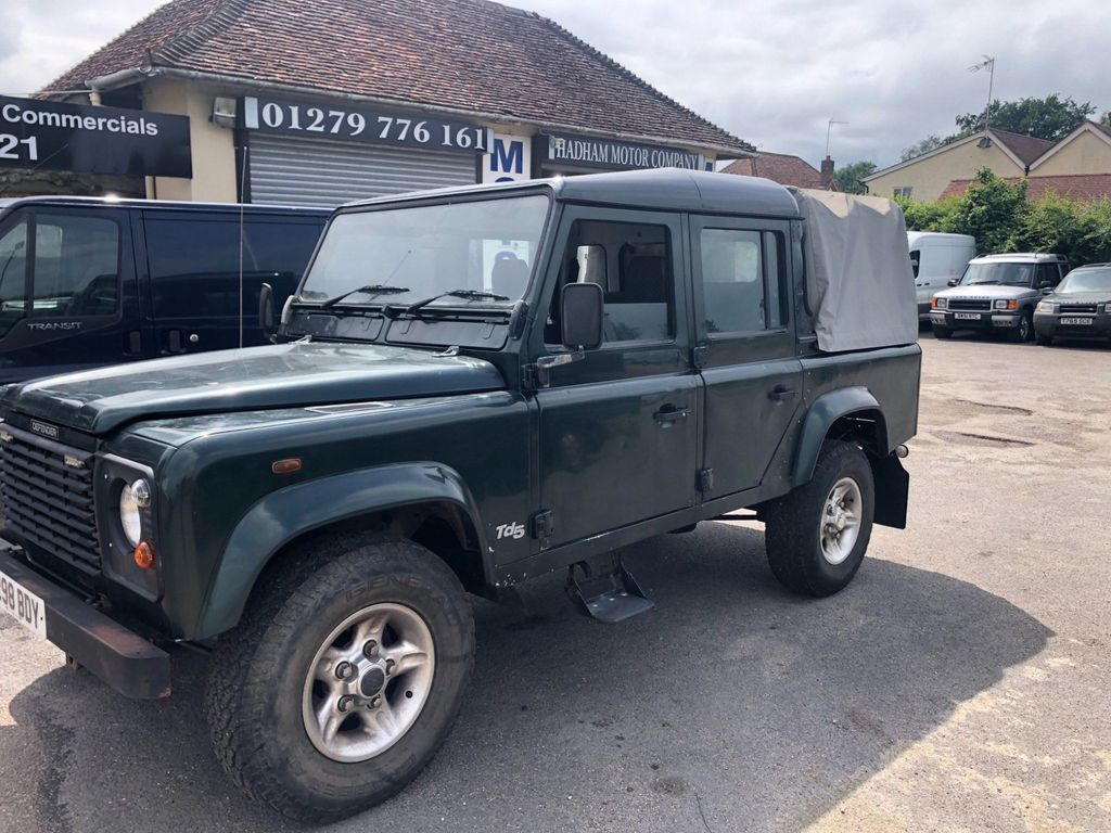 Land Rover Defender 110 Pickup 2.5 TD5 County Double Cab 4dr