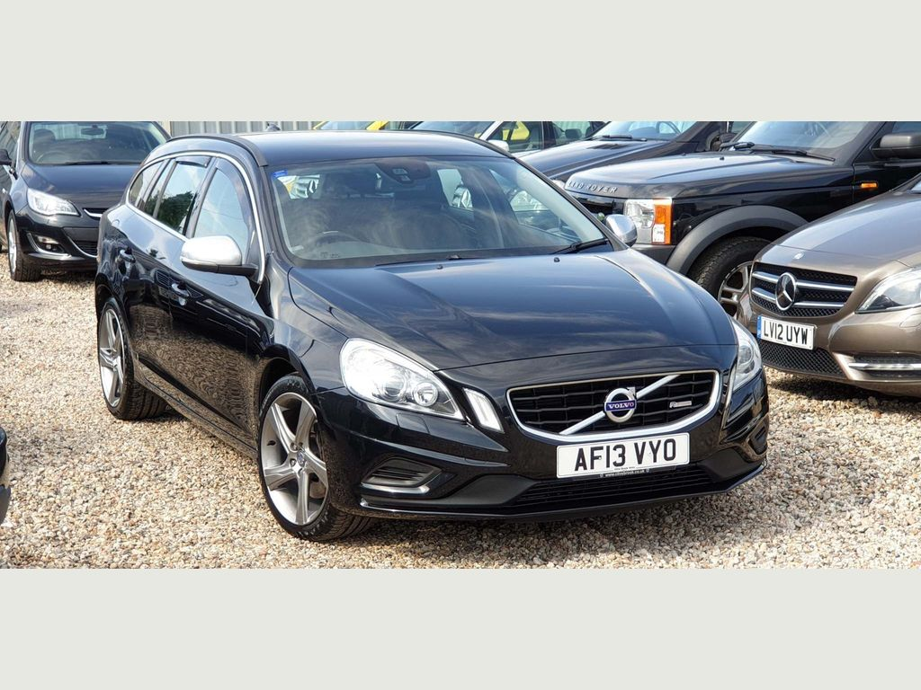 VOLVO V60 Estate 2.4 D5 R-Design Lux 5dr