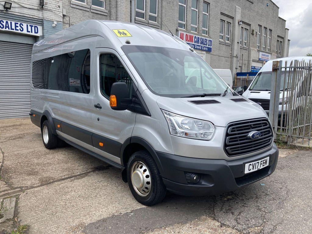 Ford Transit Minibus 2.2 TDCi 460 HDT Trend Bus L4 H3 5dr (17 Seat)