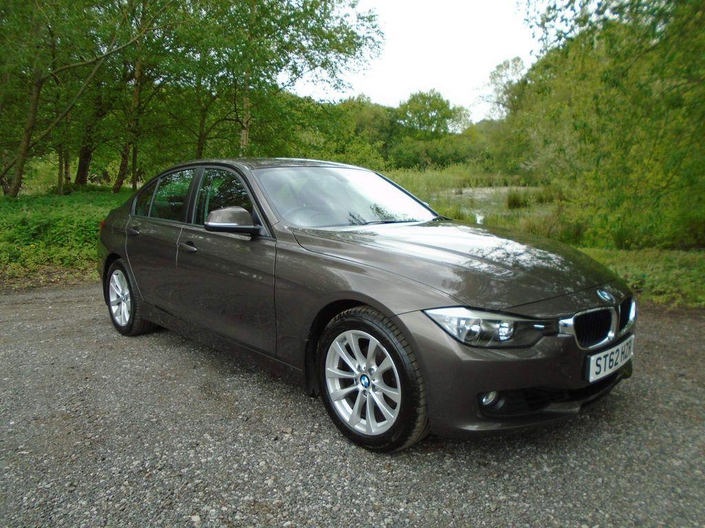 BMW 3 Series Saloon 2.0 320i SE xDrive 4dr