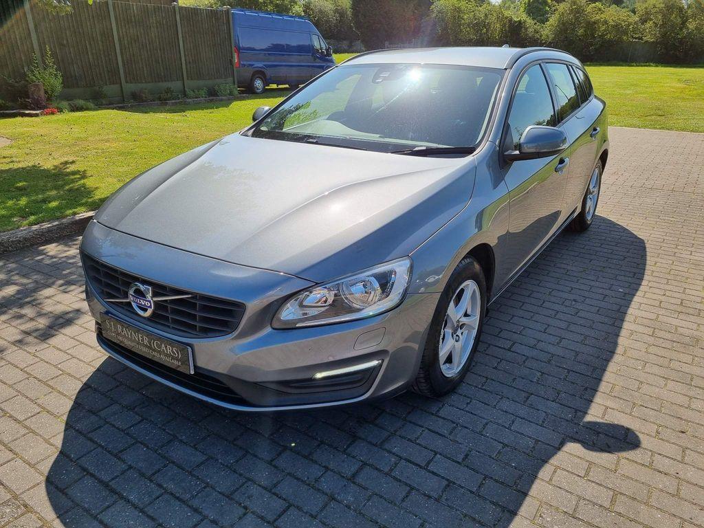 Volvo V60 Estate 2.0 D2 Business Edition (s/s) 5dr