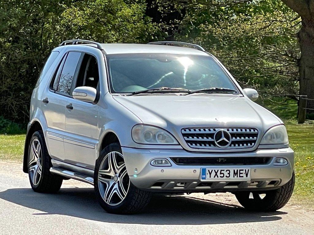 Mercedes-Benz M Class SUV 2.7 ML270 CDI 5dr