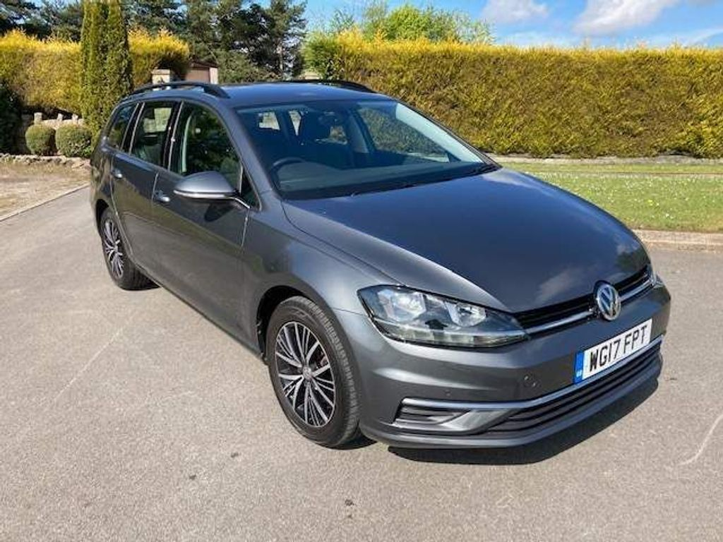 Volkswagen Golf Estate 2.0 TDI BlueMotion Tech SE Nav (s/s) 5dr