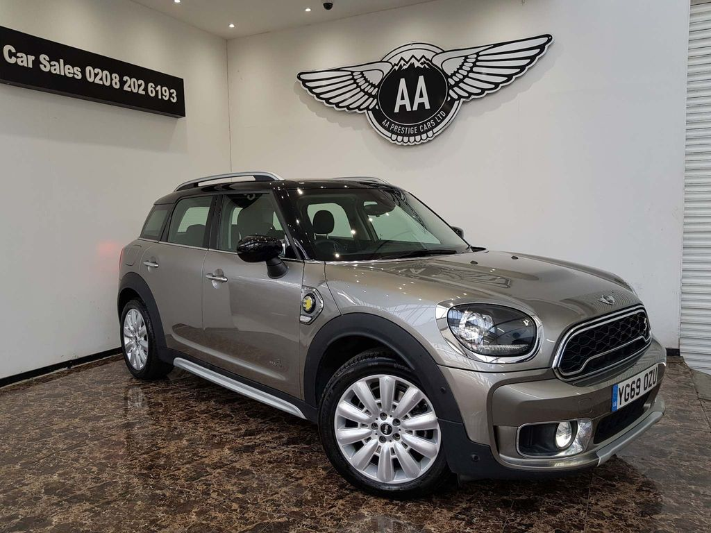 MINI Countryman SUV 1.5E PHEV 10kWh 8.8kWh Cooper SE Exclusive Auto ALL4 (s/s) 5dr