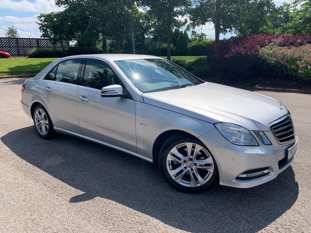 Mercedes-Benz E Class Saloon 2.1 E220 CDI BlueEFFICIENCY SE (Executive) G-Tronic 4dr