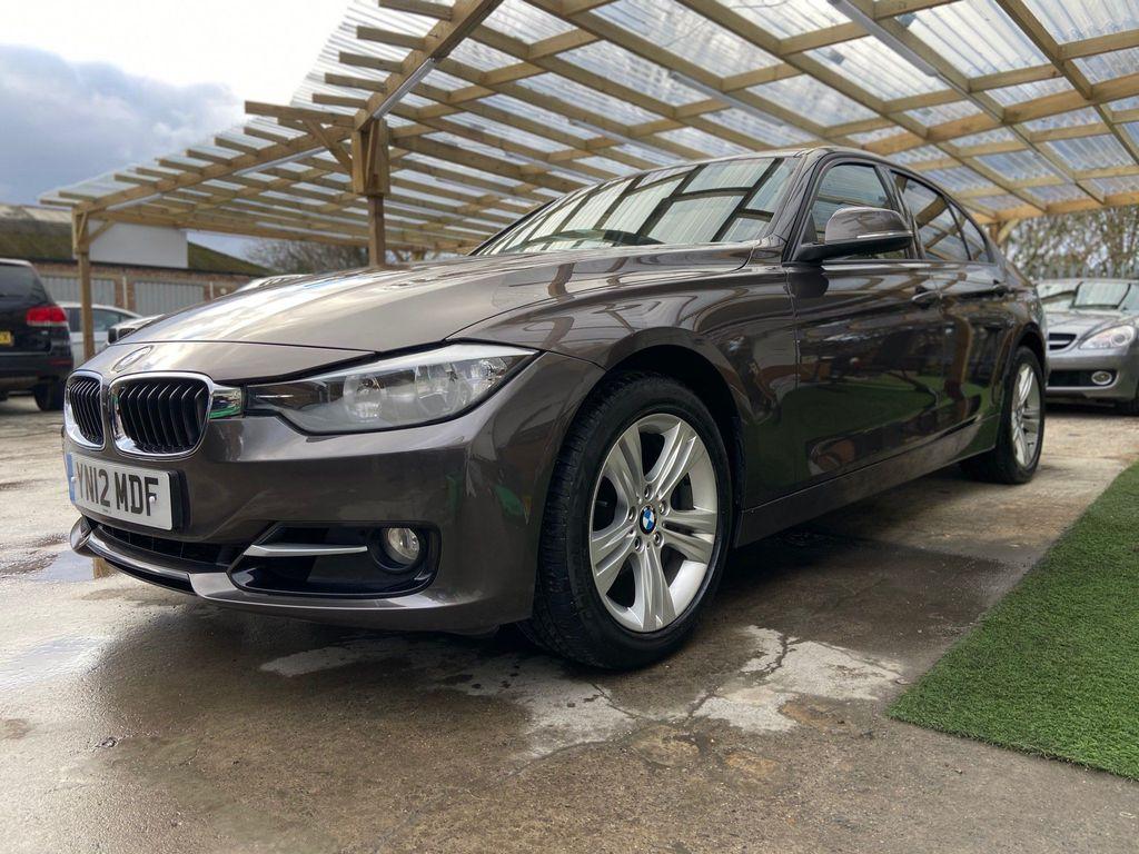 BMW 3 Series Saloon 2.0 320i Sport 4dr