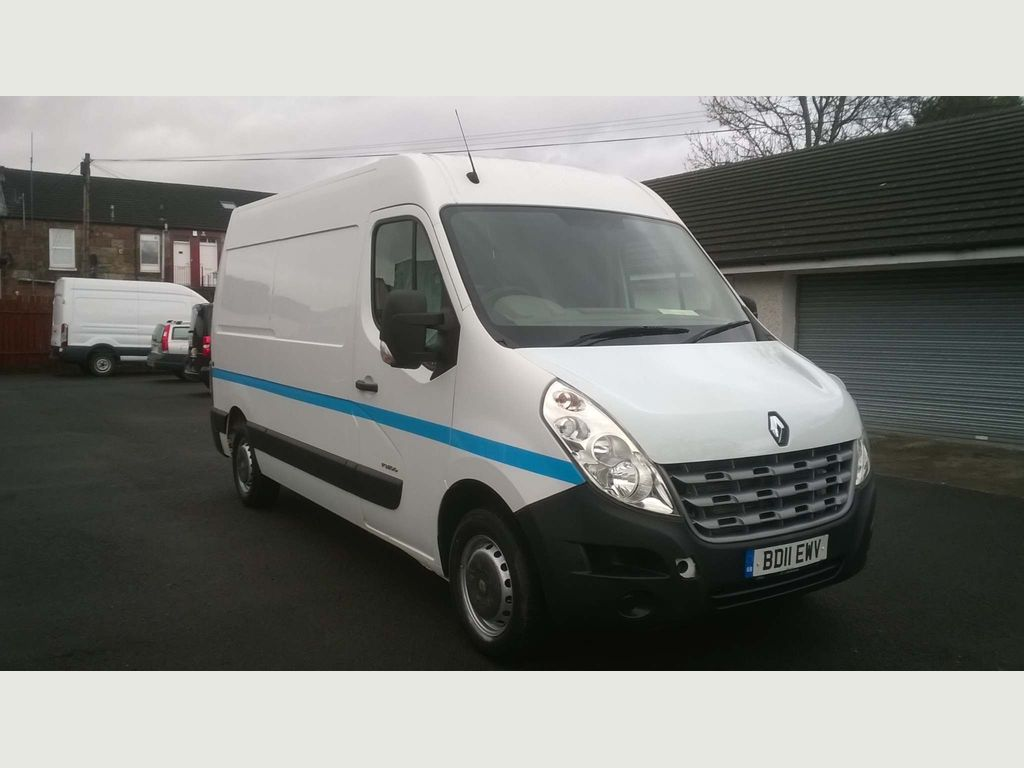 Renault Master Panel Van 2.3 dCi 35 FWD MWB Medium Roof EU5 5dr