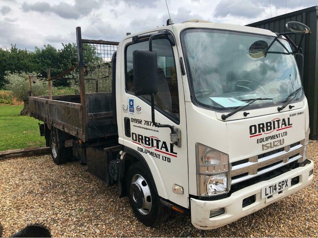 Isuzu Forward Tipper