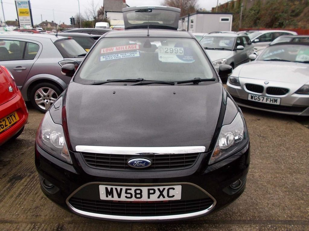 Ford Focus Estate 1.8 Titanium 5dr