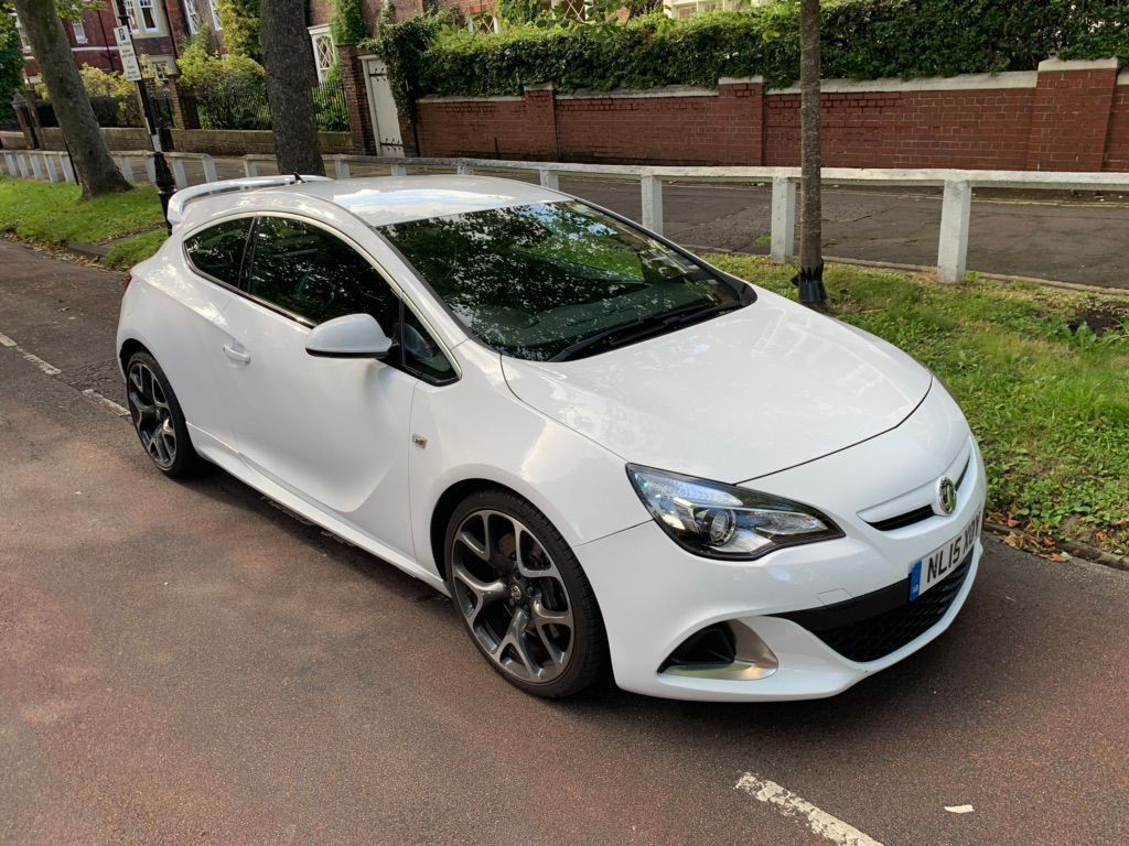 Vauxhall Astra GTC Coupe 2.0T VXR 3dr