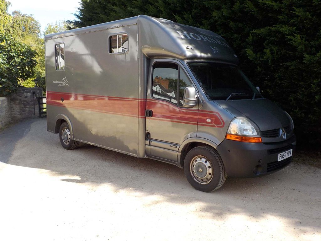 Renault Master Unlisted 3.5T Horsebox