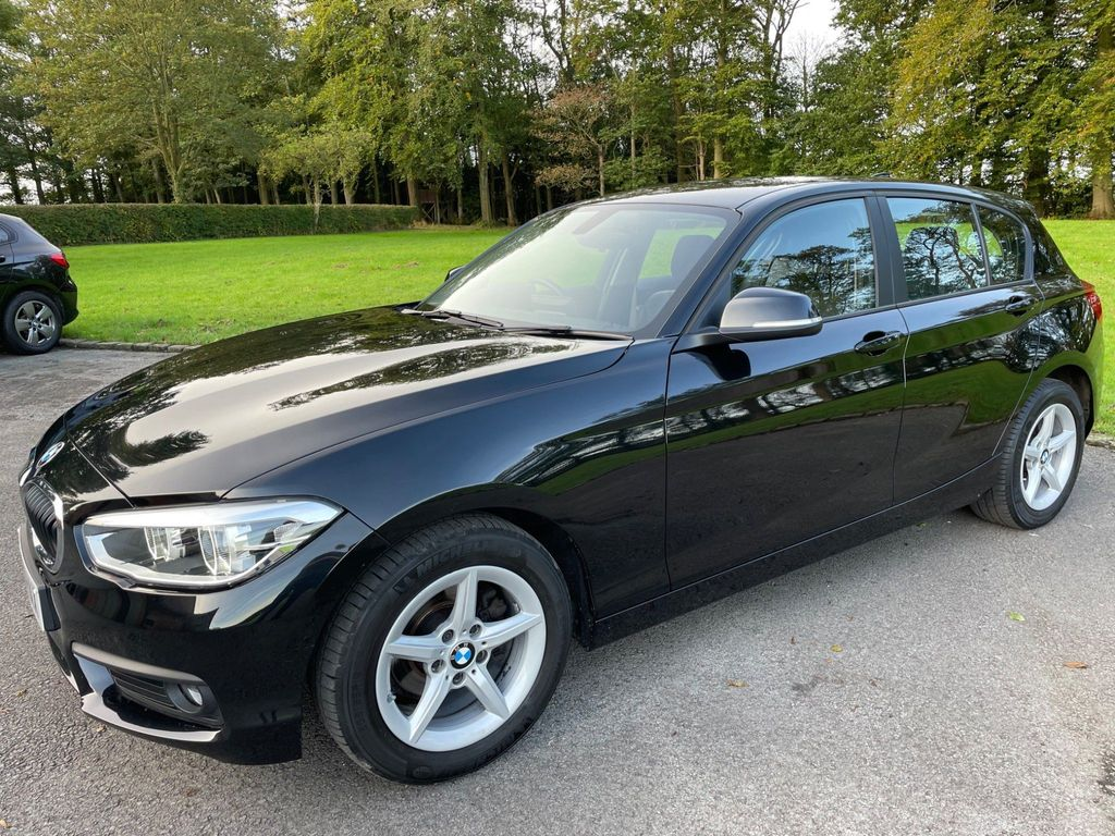 BMW 1 Series Hatchback 1.5 118i SE Business Sports Hatch (s/s) 5dr