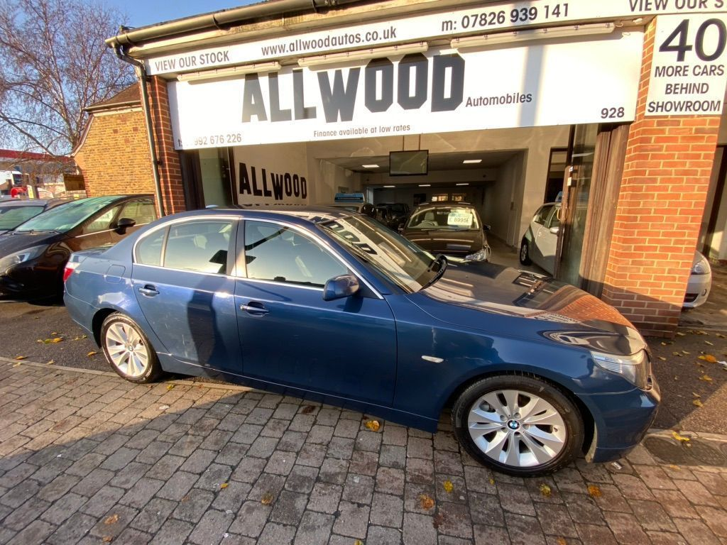 BMW 5 Series Saloon 4.8 550i SE 4dr