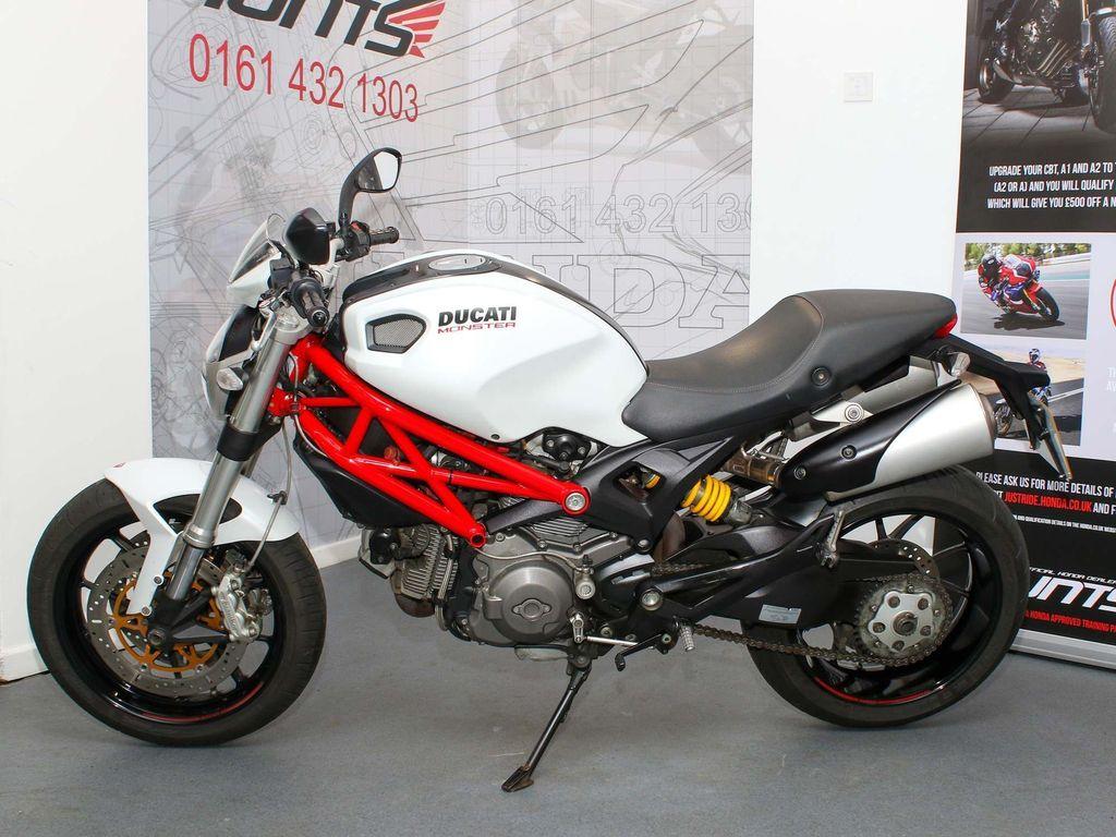 Ducati Monster 796 Naked 796