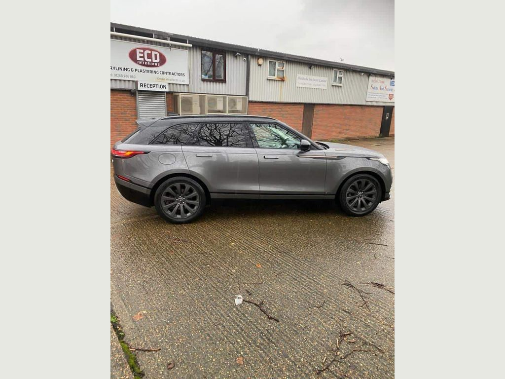 Land Rover Range Rover Velar SUV 3.0 D300 R-Dynamic SE Auto 4WD (s/s) 5dr