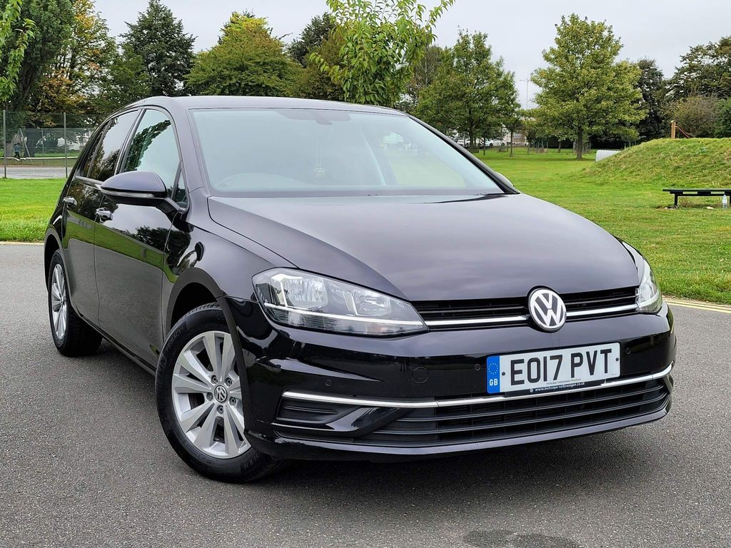 Volkswagen Golf Hatchback 1.0 TSI SE Nav (s/s) 5dr