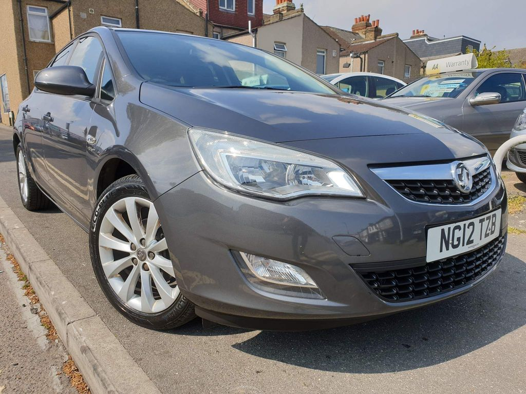 Vauxhall Astra Hatchback 1.6 16v Active Limited Edition 5dr
