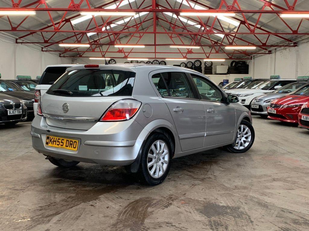 Used Vauxhall Astra Hatchback 1.6 I 16v Design 5dr ...