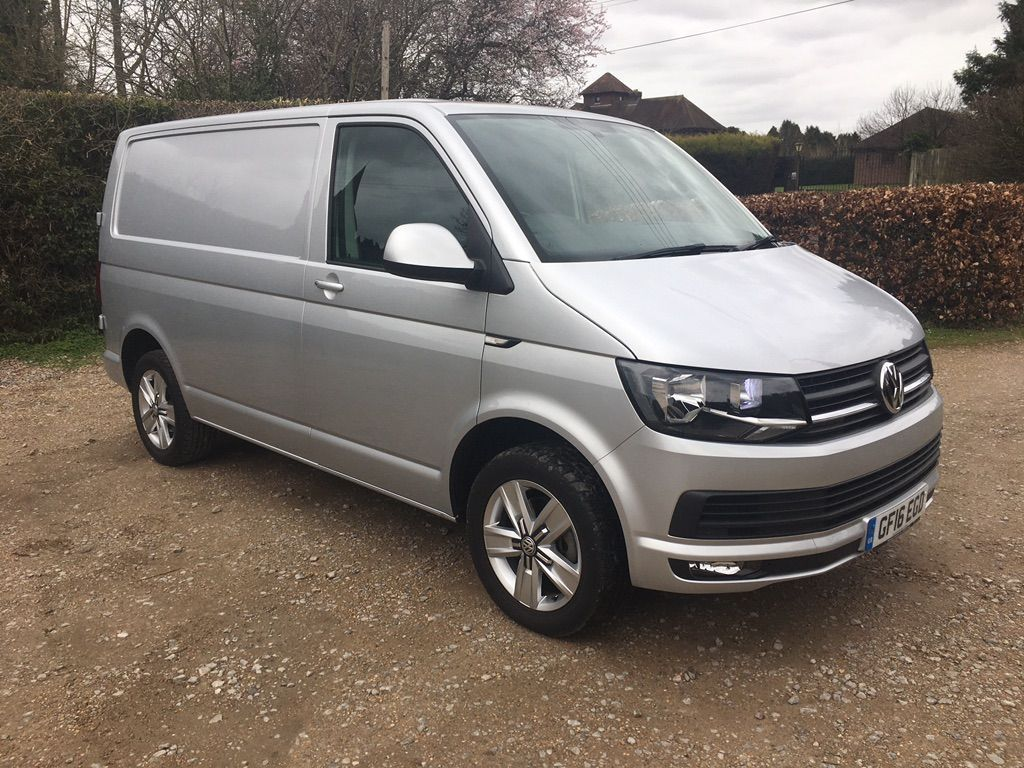 Volkswagen Transporter Panel Van 2.0 TDI T30 BlueMotion Tech Highline DSG FWD SWB EU5 (s/s) 5dr