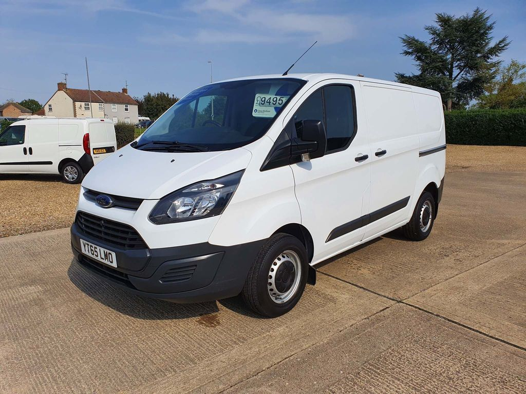 Ford Transit Custom Panel Van 2.2 TDCi 270 L1 H1 5dr