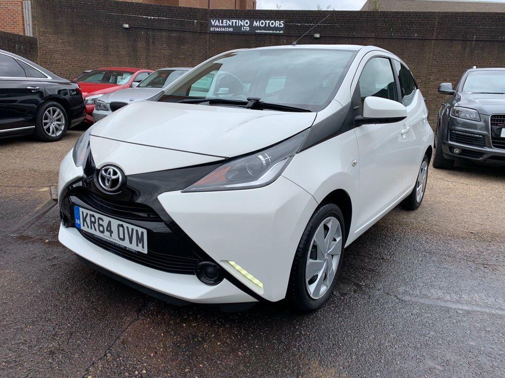 Toyota AYGO Hatchback 1.0 VVT-i x-play x-shift 5dr EU5