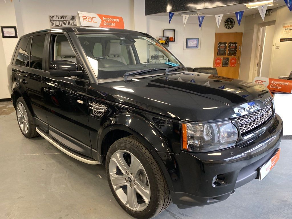 Used Land Rover Range Rover Sport Suv 3 0 Sd V6 Hse Black Edition 4x4 S S 5dr In Willenhall West Midlands Mallyville Car Sales Limited