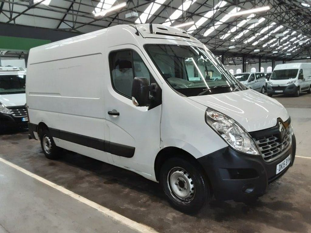 Renault Master Temperature Controlled 2.3 dCi 35 Business FWD MWB Medium Roof EU5 5dr