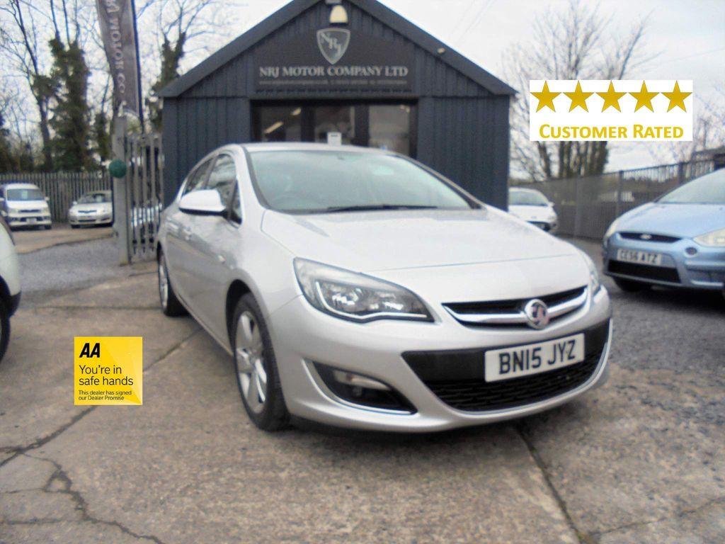 Vauxhall Astra Hatchback 1.6i SRi Auto 5dr