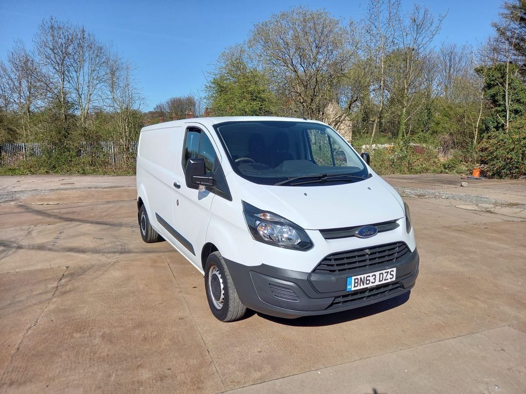 Ford Transit Custom Panel Van 2.2 LWB, LOW ROOF