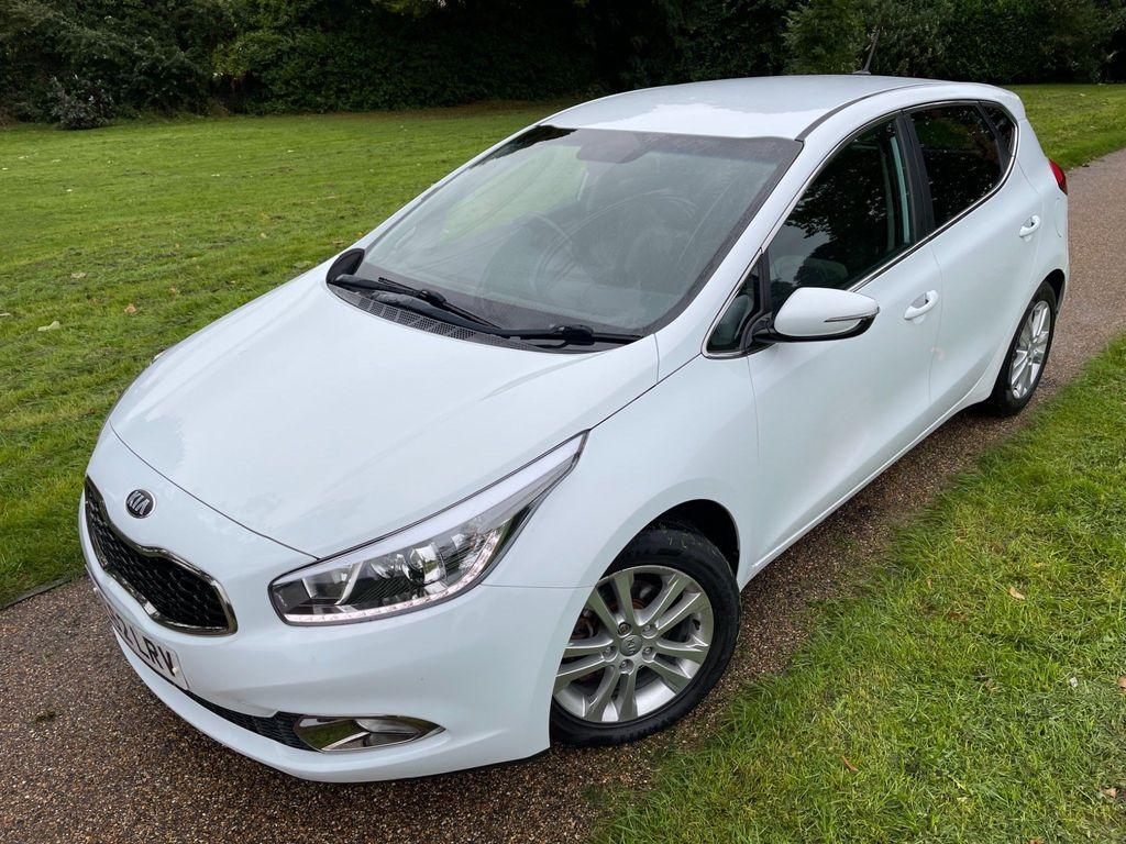 Kia Ceed Hatchback 1.6 CRDi EcoDynamics 3 5dr