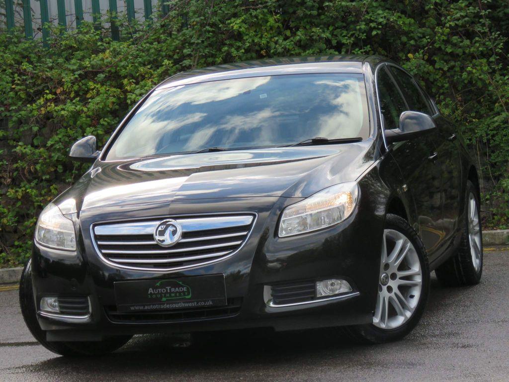 Vauxhall Insignia Hatchback 2.0 CDTi Exclusiv Nav Auto 5dr