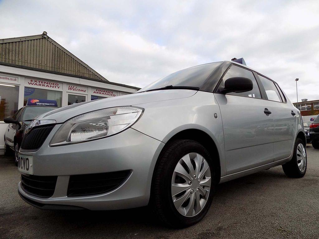 SKODA Fabia Hatchback 1.2 6v S 5dr