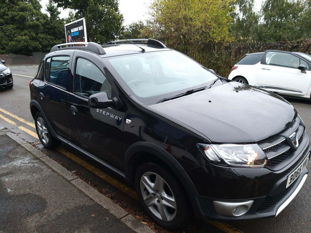 Dacia Sandero Stepway Hatchback 0.9 TCe Laureate (s/s) 5dr