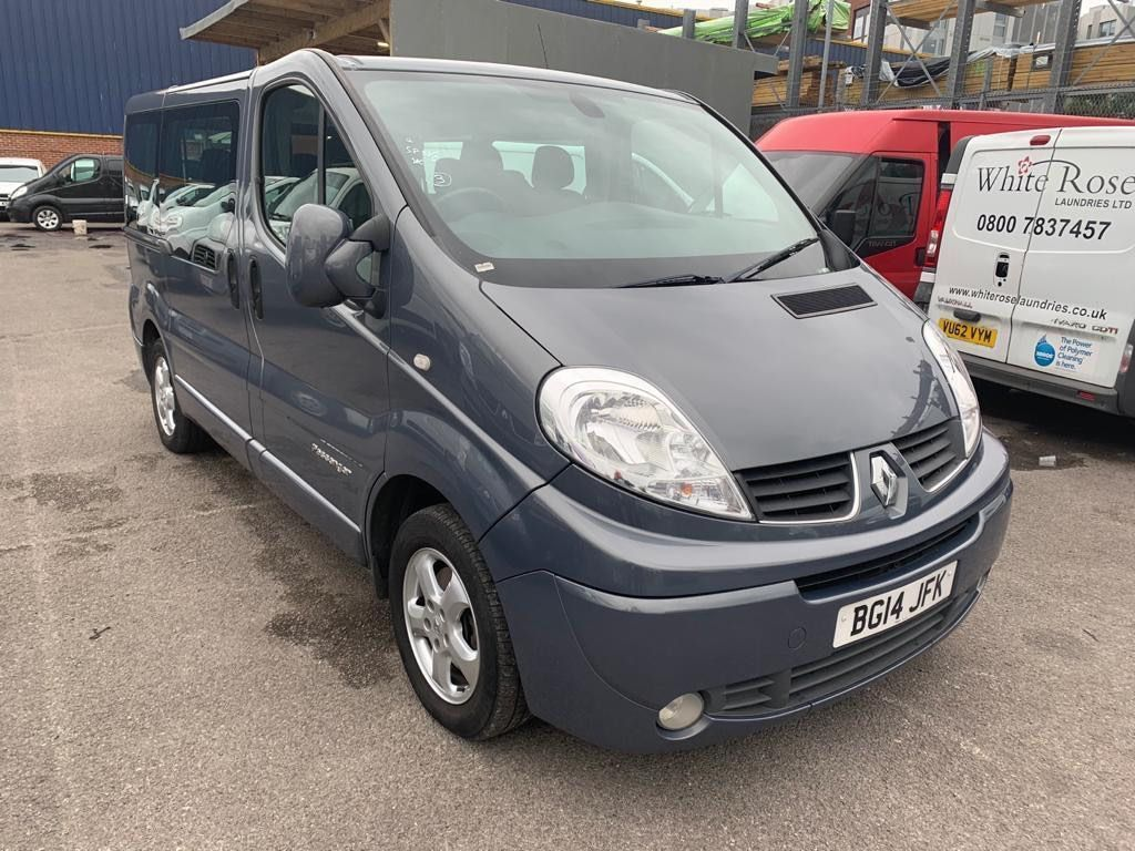 Renault Trafic Other 2.0 dCi SL27 Sport Phase 3 Mini Bus QS6 4dr (9 Seats, EU5)