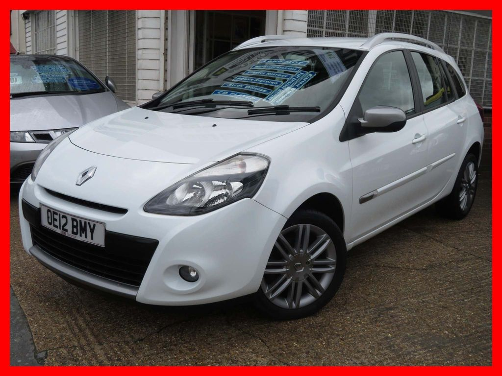 Renault Clio Estate 1.2 Dynamique Sport Tourer 5dr (Tom Tom)