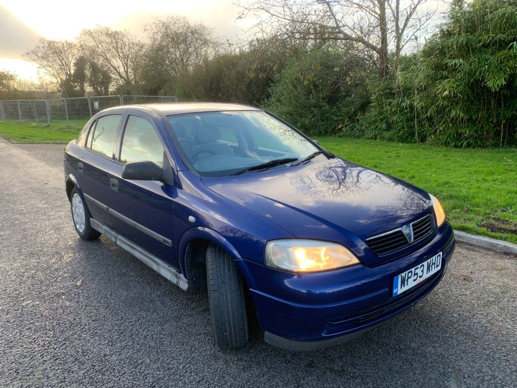 Vauxhall Astra Hatchback 1.6 i Club 5dr