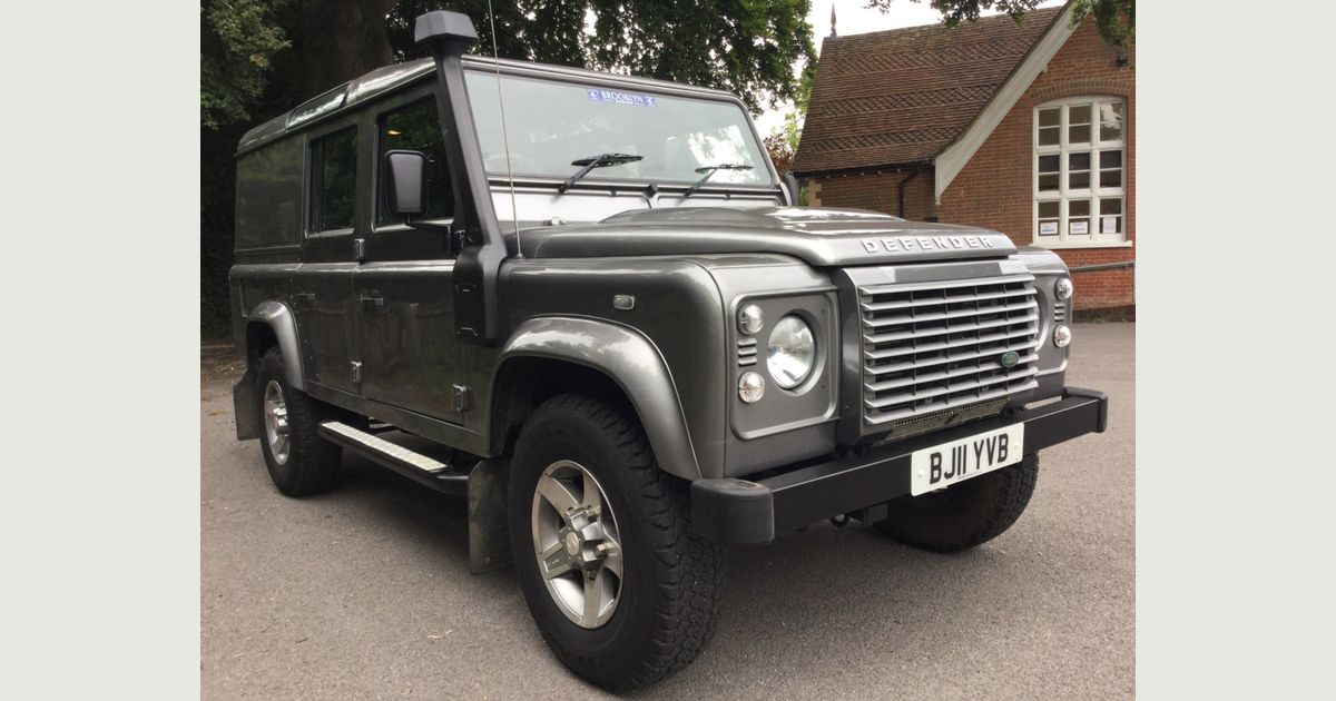 Used Land Rover Defender 110 Suv 2.4 Tdi Xs Utility ...