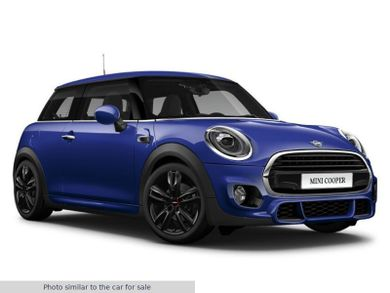 Why buy an Approved Used MINI at Halliwell Jones?