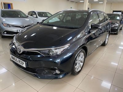 Toyota Auris Estate 1.2 VVT-i Business Edition Touring Sports CVT (s/s) 5dr