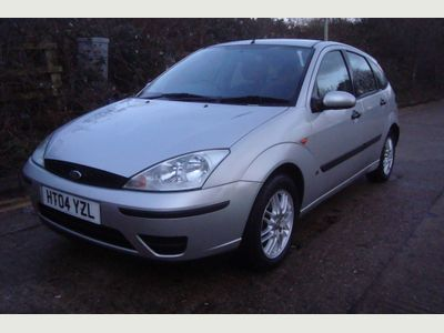 Ford Focus Hatchback 1.8 i LPG 16v LX 5dr