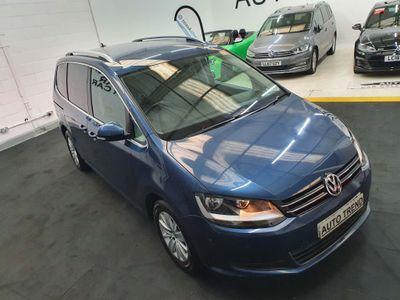 Volkswagen Sharan MPV 2.0 TDI BMT SE Nav DSG (s/s) 5dr