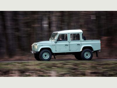 Land Rover Defender 110 Pickup 2.4 TDi XS Double Cab Pickup 4dr