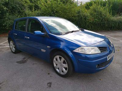 Renault Megane Hatchback 1.6 VVT Maxim 5dr