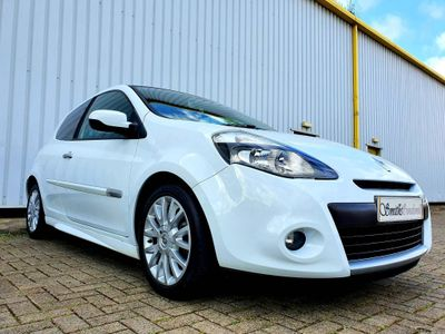 Renault Clio Hatchback 1.2 16v World Series 3dr