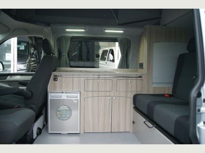 Volkswagen Transporter Van Conversion T6 2.0TDi 150PS EU6 DSG AUTO SWB 4 BERTH 4 SEAT CAMPERVAN WITH TAILGATE & REIMO ROOF