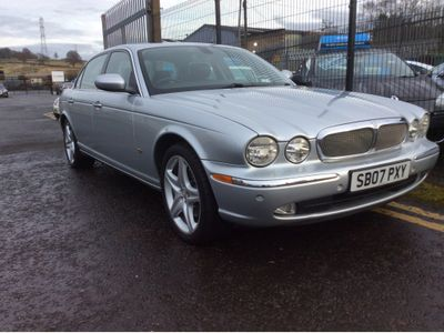 Jaguar XJ Saloon 2.7 TD Executive LWB Saloon 4dr