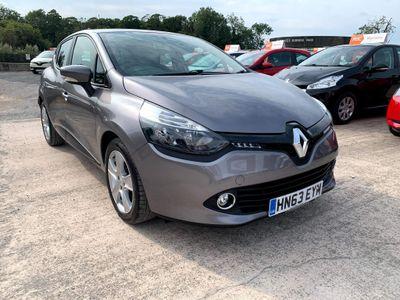 Renault Clio Hatchback 1.2 16V Expression + 5dr