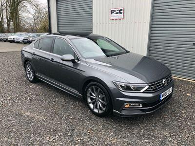 Volkswagen Passat Saloon 2.0 TDI BlueMotion Tech R-Line (s/s) 4dr